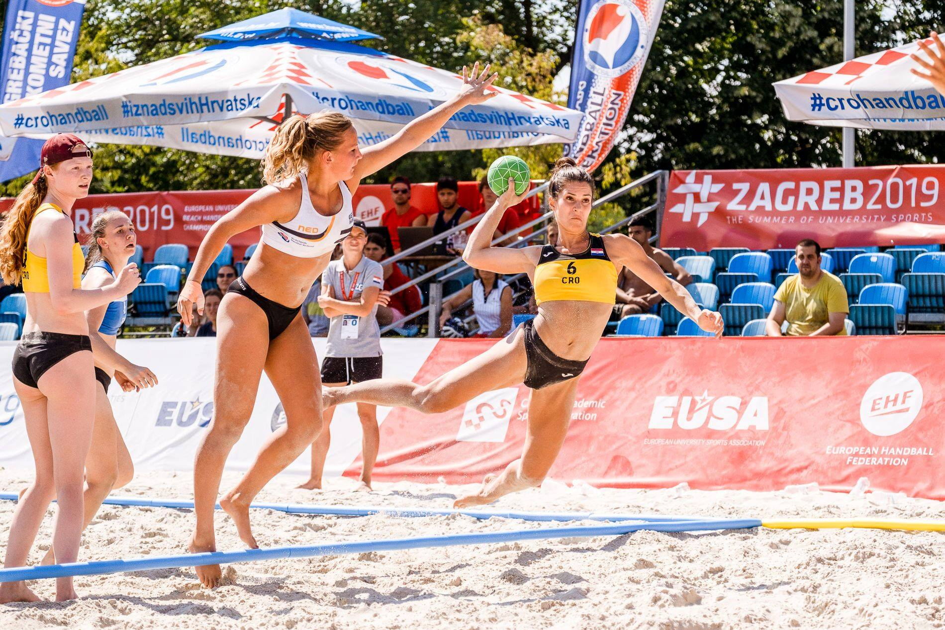 Beach Handball women