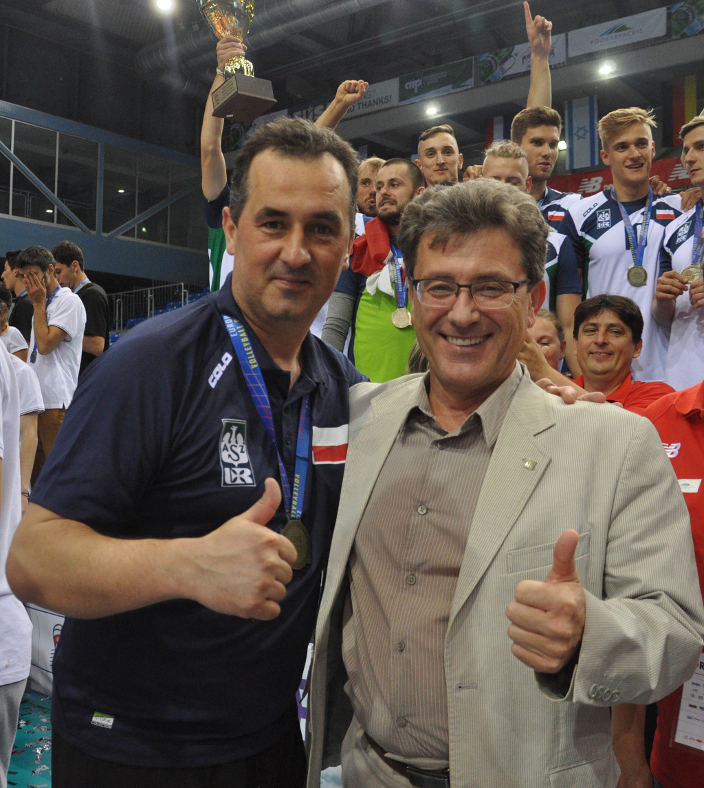 EUSA Volleyball Wojciech + University Rector