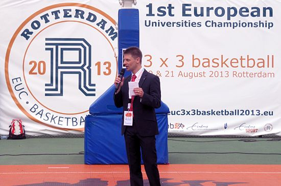 Mr Olaf Tabor opening the Championship