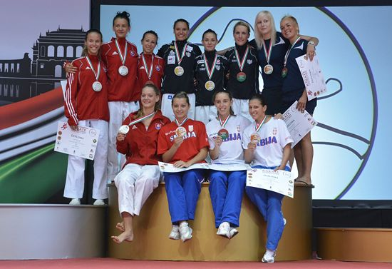 Women's winning team