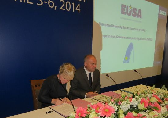 Signing of cooperation agreement between EUSA and ENGSO
