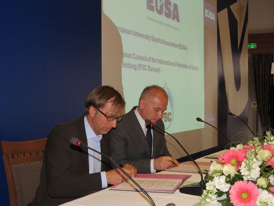 Signing of cooperation agreement between EUSA and IFSC Europe