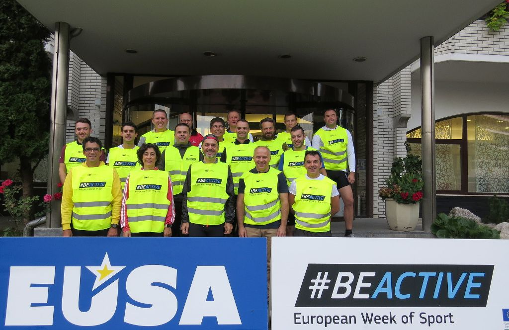 Participants of the EUSA #beactive run