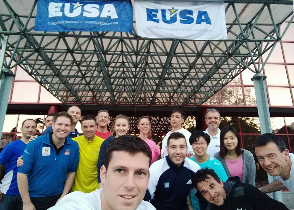 Participants of the EUSA #beactive morning run