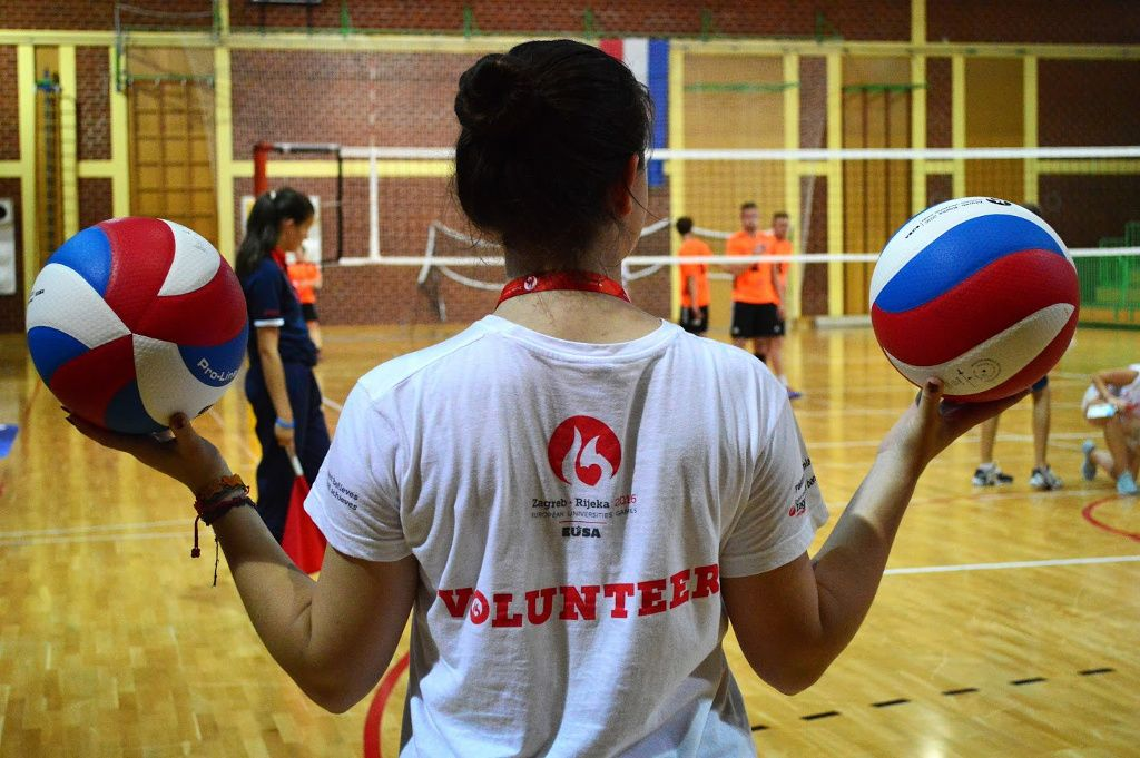 Volunteers - key element in a successful sport event