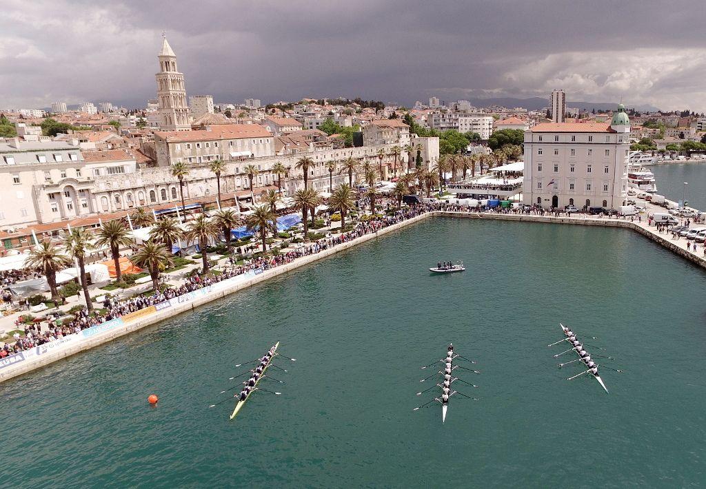 Split regatta