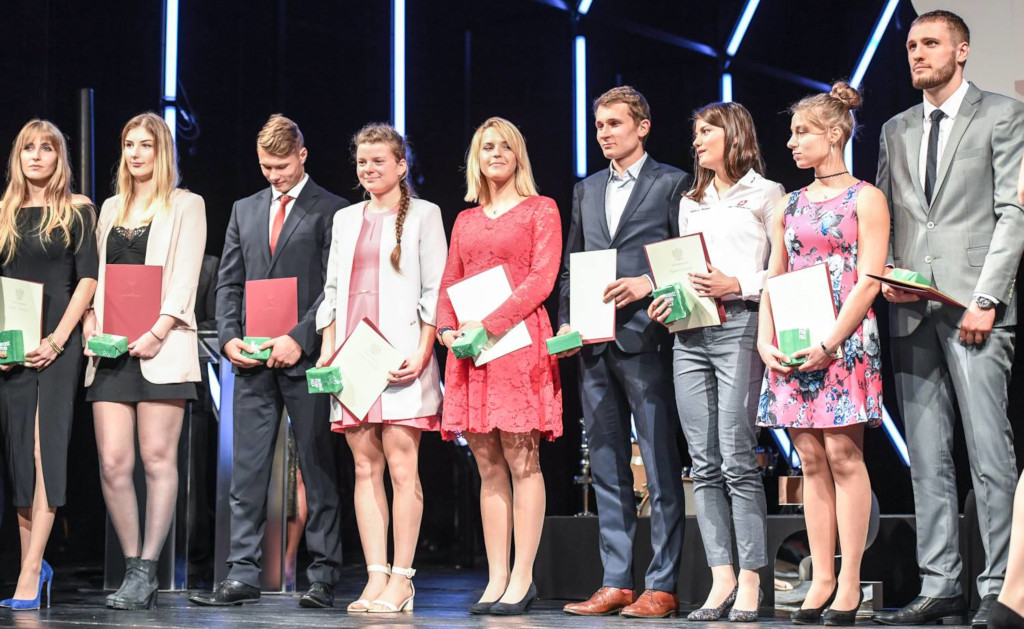 Award recipients were students and institutions