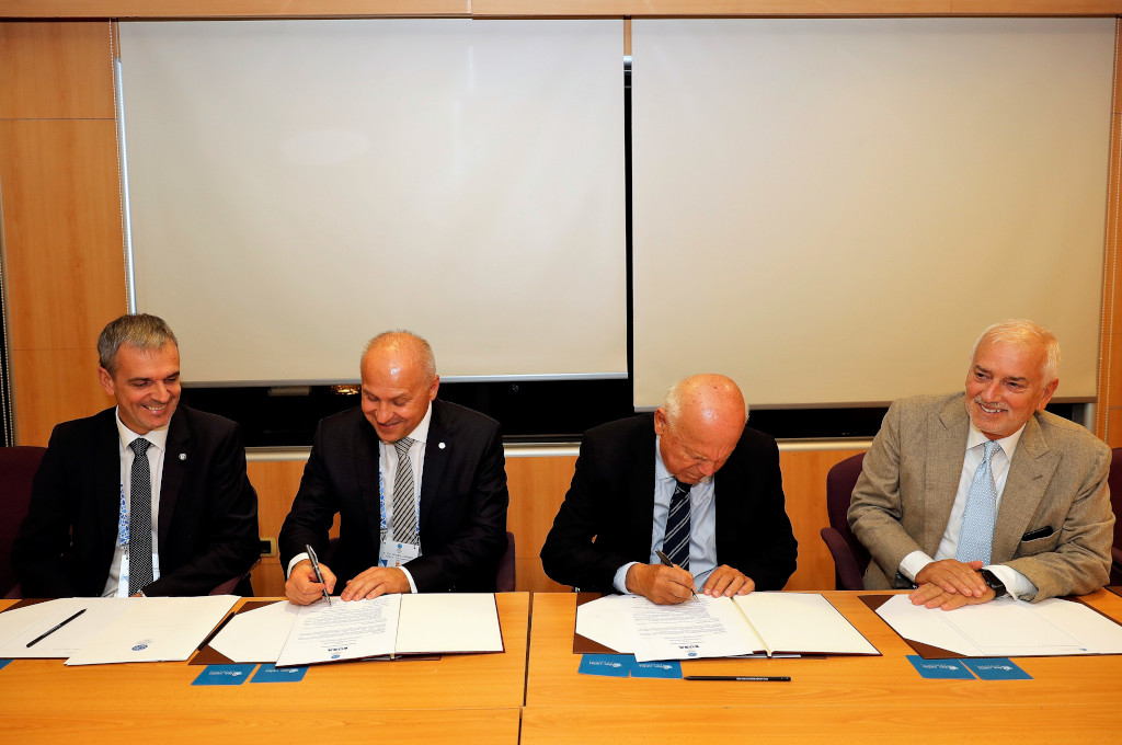 Signing of MOU between EUSA and EOC