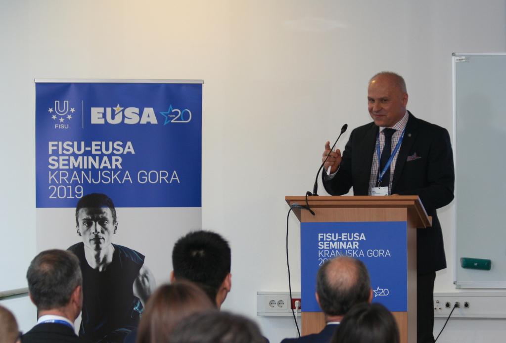 Mr Adam Roczek welcoming members to FISU-EUSA 2019 Seminar