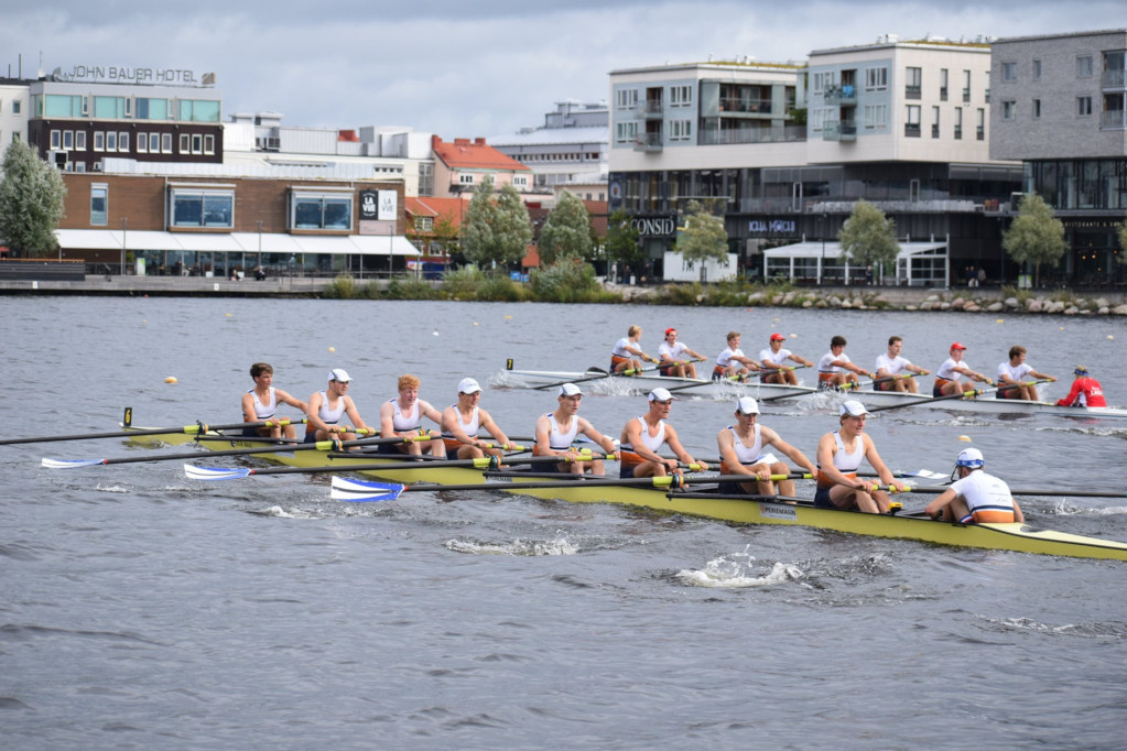 Rowing 8s EUC2019