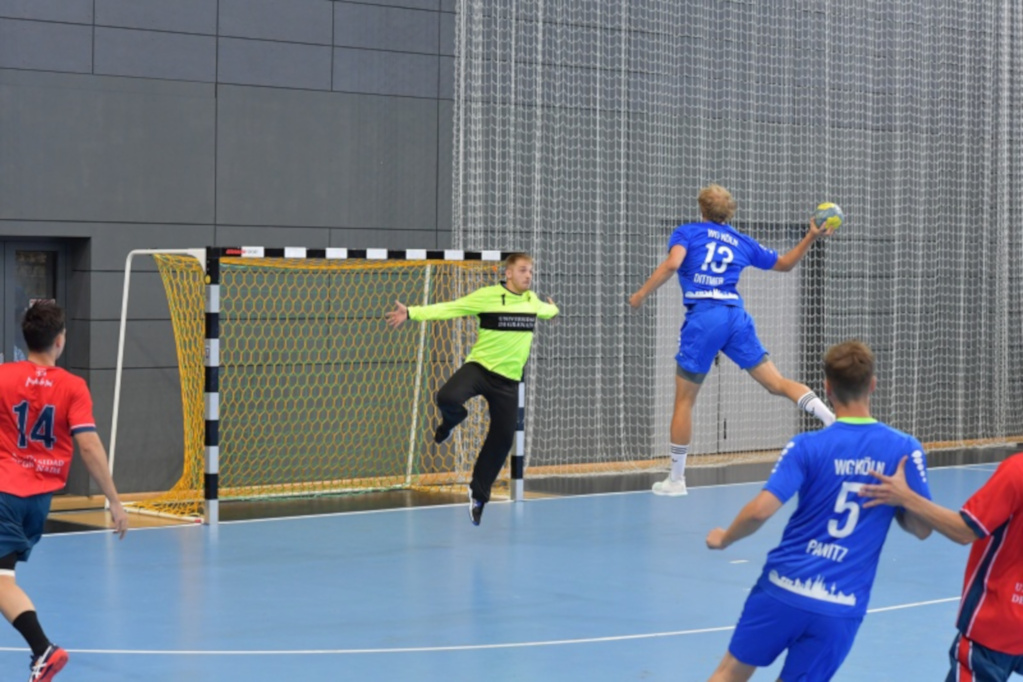 EUC Handball 2019 action